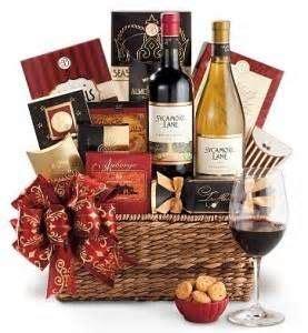 basket gift ideas bing images realtor closing gifts