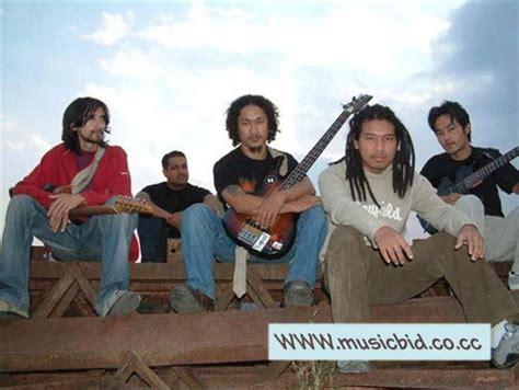 Download Mero Anshu The Edge Band Aaja Prem Sanga Hare
