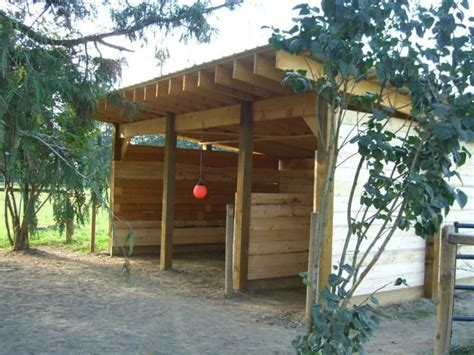 horse shelter plans a little country pinterest
