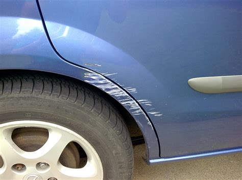 How To Avoid Scratching Your Car From Your Garage