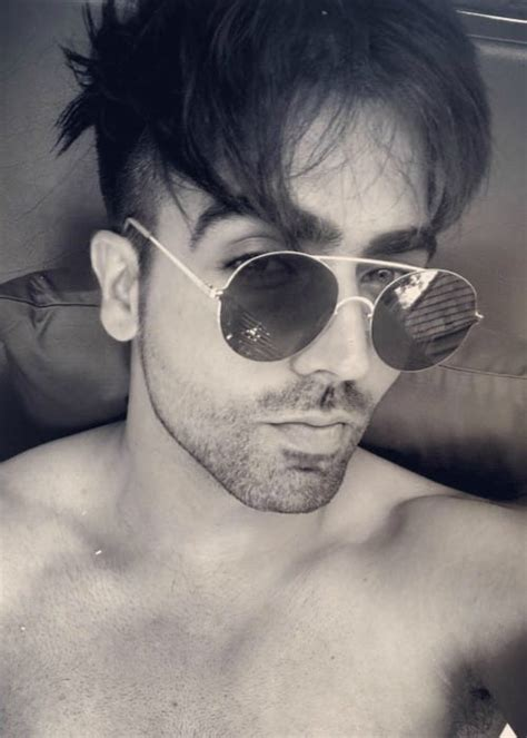 harrdy sandhu height weight age body statistics