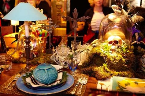wonderful halloween table settings
