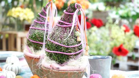 floristik gestecke selber machen diy herbstdeko selber machen heide als zwergenm 252 tze gartencenter mencke
