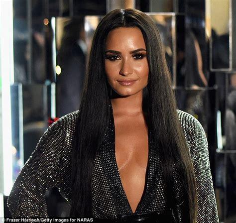 Demi Lovato Bedroom by Demi Lovato S 8 3m Home Still Suffering From Mudslide