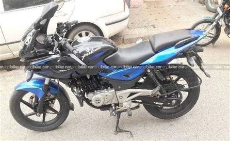 Keep riding and keep the thrill intact! Used Bajaj Pulsar 220 Bike in Bangalore 2015 model, India ...