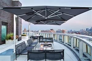 sonnenschirm fur balkon und terrasse flexible losungen With französischer balkon mit grosser sonnenschirm