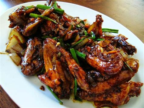 Sajian sedaptahu bulat goreng isi ayam giling dan wortel ala sajian sedap. Resep Ayam Goreng Mentega | Cooking recipes, Food, Recipes