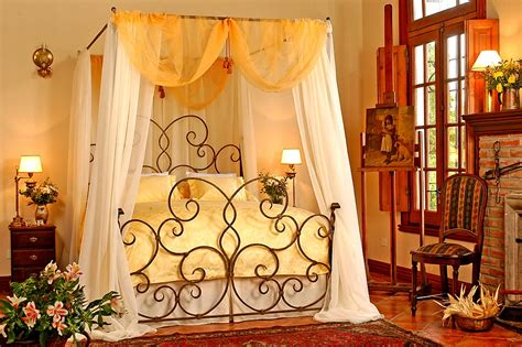 wrought iron bed decorating ideas elegant bedrooms with wrought iron bed designs