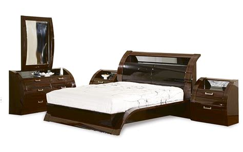 Bedroom Suit Or Suite by Bedroom Suites United Furniture Outlets Part 3