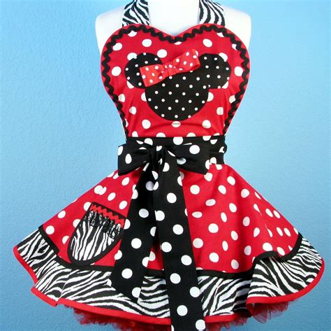 Disney Kitchen Aprons by Custom Order For Nacky S Mini Me Minnie Mouse Apron