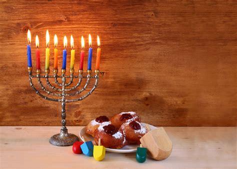 when do you light the menorah 2016 jewish festival of lights hanukkah the festival of lights