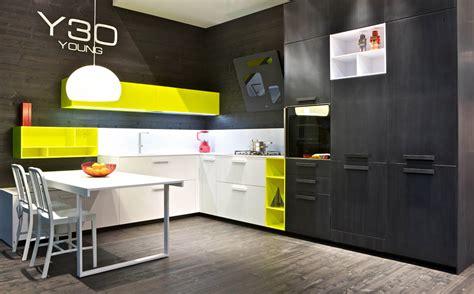 meuble cuisine jaune photo meuble de cuisine jaune quelle couleur pour les murs