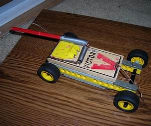 Lego Mousetrap Car