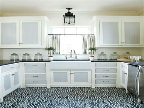 kitchen cabinets michigan best 25 two toned kitchen ideas on two tone 6749