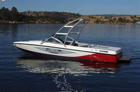 Centurion Boats Contact by Research 2011 Centurion Boats Elite V C4 Air Warrior