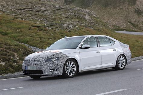 Skoda Testing Superb Facelift, Here's A First Look At The ...