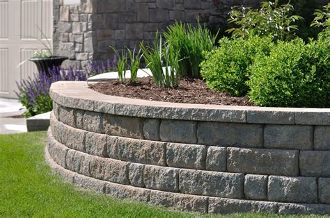 How To Build A Block Retaining Wall, Which Will Complement