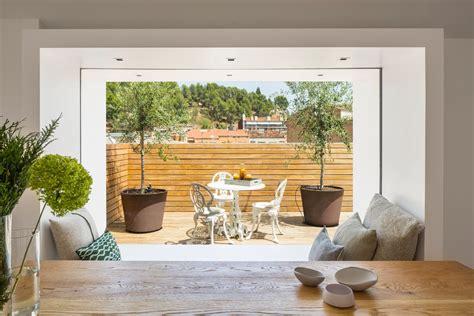 arredare terrazzo di un attico un attico su due livelli con terrazzo mansarda it