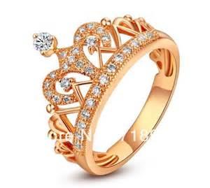 shaped engagement ring white gold los más alucinantes anillos quot coronita quot