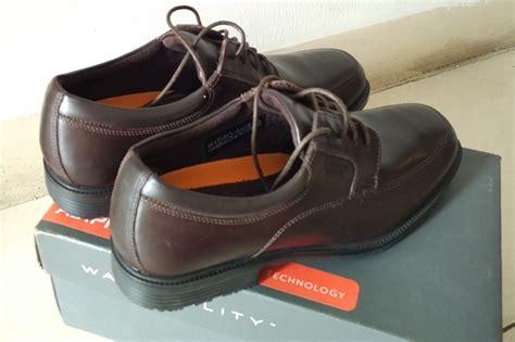 Jual Sepatu Rockport Esntial Pemasangan Tali Sepatu Yang Keren Adidas Yzy Full Black Bikin Sekolah Wanita Lagi Ngetrend Nike Nama Merek Bagus Ngetren Buat Jual Tangki Yogyakarta