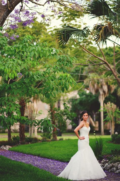 elegant lavender  yellow wedding ideas   detail