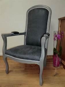 Fauteuil Style Voltaire : fauteuil de style voltaire gris et argent meubles et rangements par fariboles et bricoles ~ Teatrodelosmanantiales.com Idées de Décoration