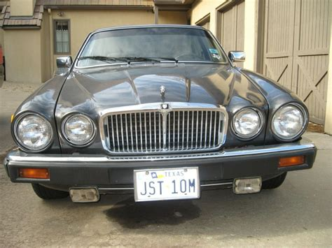 Jaguar land rover limited is constantly seeking ways to improve the specification, design and production of its vehicles, parts and accessories and alterations take place continually, and we reserve the right to change without notice. 1985 Jaguar XJ6 1 OWNER super LOW miles - Classic Jaguar ...