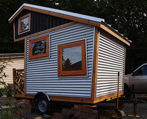 cabin on wheels 75 sq ft funky micro cabin on wheels tiny house pins