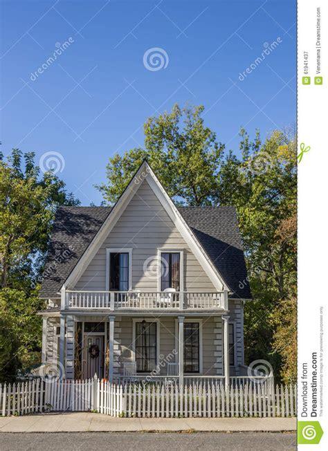 maison americaine en maison de ville am 233 ricaine en bois typique de ville du nevada photo stock image 61941437