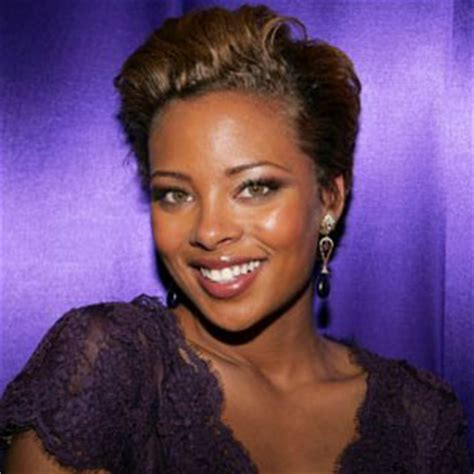 Eva Marcille's New Haircut 2017 (Pictures)   61 percent