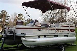 Fisher Liberty Pontoon Boat W   4 Stroke Motor And Trailer