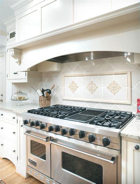 tile designs for kitchen backsplash 589 best backsplash ideas images on kitchen