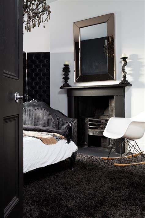 Black And White Chandelier Bedding by Birmingham Black And White Chandelier Bedding Bedroom