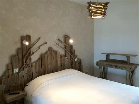 luminaires pour chambre têtes de lit en bois flotté entre mer et marais