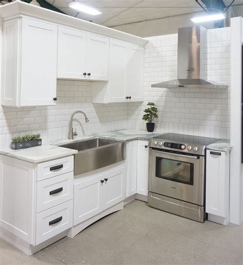 stainless steel apron sink white cabinets 1000 images about kitchen for small spaces on pinterest