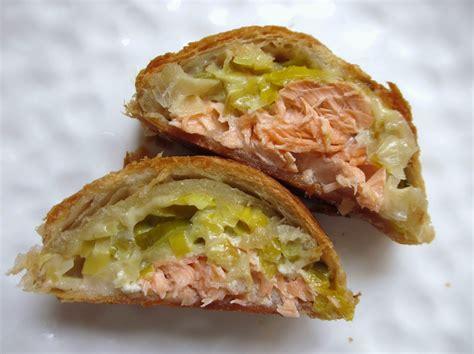 poisson en croute pate feuilletee feuillete tresse au saumon et poireaux html cuisine f