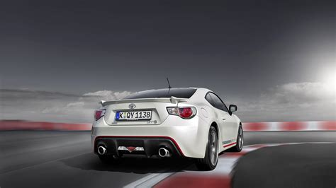 2014 Toyota GT 86 Cup Edition Wallpapers & HD Images