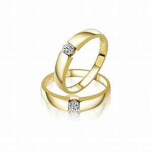 couple wedding bands for him and her on yellow gold With gold wedding rings for him and her