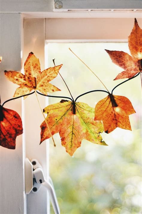 fall leaves decor 35 cozy fall staircase d 233 cor ideas digsdigs