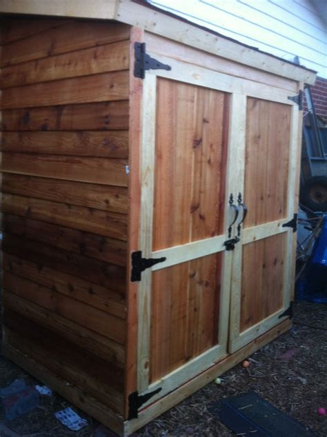 White Cedar Shed by 1000 Ideas About Small Sheds On Small Shed
