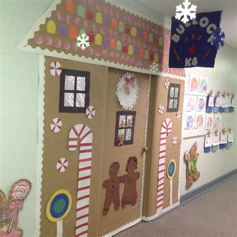 winter door decorating idea for an elementary school