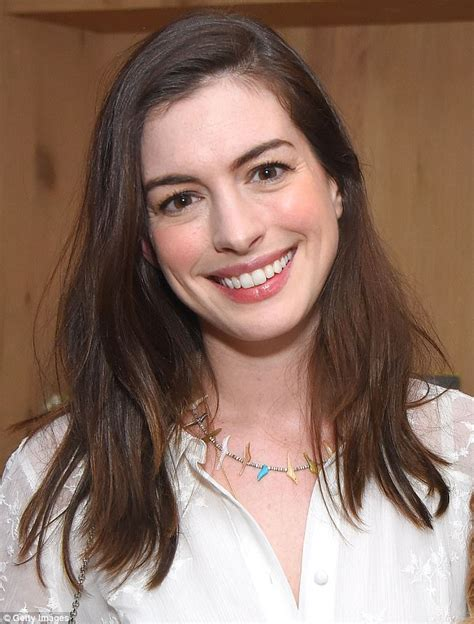 Anne Hathaway is natural beauty in broderie anglaise dress ...