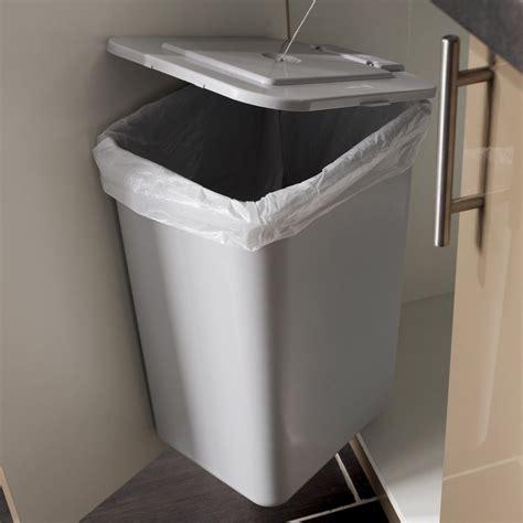 castorama poubelle cuisine poubelles de cuisine encastrables castorama