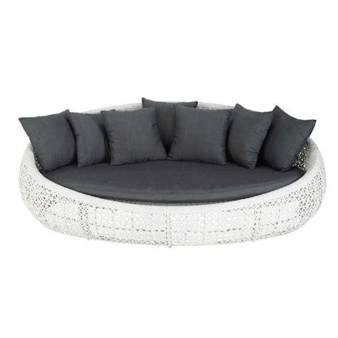 canape en resine tressee canapé de jardin 3 places en résine tressée blanc durban