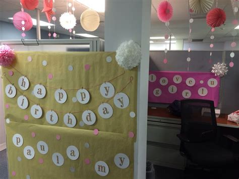 Work Cubicle Birthday Decorations by 58 Best Birthday Cubicle Decorations Images On