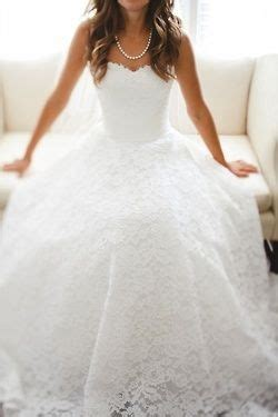 help me find my wedding dress does anyone who makes where i can find this wedding