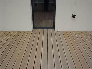 Plot Terrasse Castorama : terrasse en bois composite ~ Dode.kayakingforconservation.com Idées de Décoration