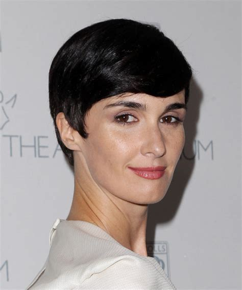 Paz Vega Short Straight Formal Hairstyle with Side Swept
