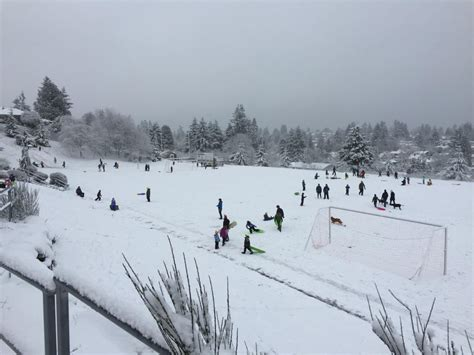 West Seattle Blog…  West Seattle Schools 1 Snow Day Pushes End Of School Year Back 3 Days