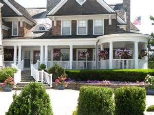 Fabulou Front Porch Dream 2 Cent Carolyn Mantium Enclosed Front Porch Ideas